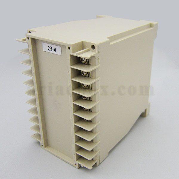 نمای سه بعدی باکس الکترونیکی 20 کاناله ریلی 23-4