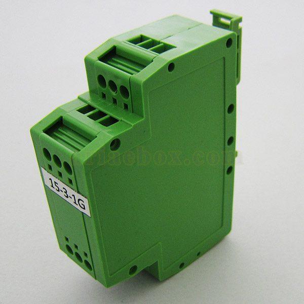 نمای سه بعدی باکس کنترل صنعتی ریلی عمودی 15-3-1