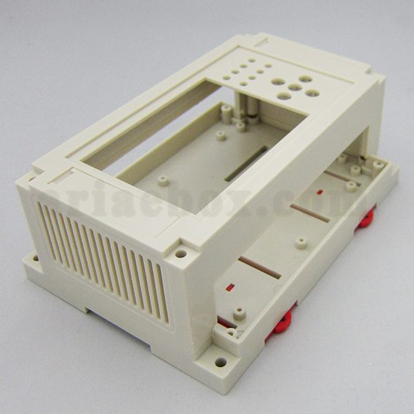 نمای سه بعدی باکس پلاستیکی کنترل صنعتی ریلی ABR101-A1X