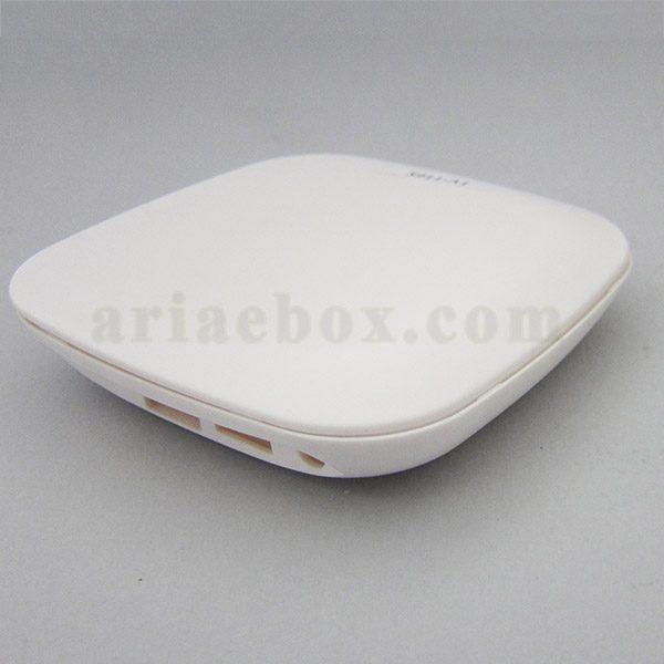 نمای سه بعدی جعبه هوشمند فرستنده بیسیم مادون قرمز S911-A1