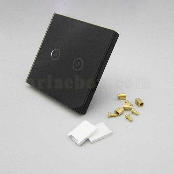 نمای سه بعدی کلید هوشمند UK دو پل مشکی S901-A2P2