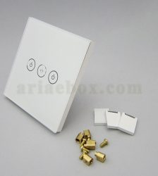 نمای سه بعدی کلید هوشمند UK سه پل سفید S901-A1P3
