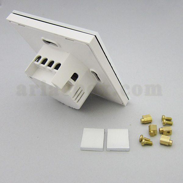 تصویر سه بعدی از نمای پشت کلید لمسی S908-A1P2