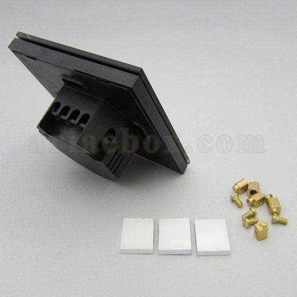 تصویر سه بعدی نمای پشت کلید لمسی S908-A2P3