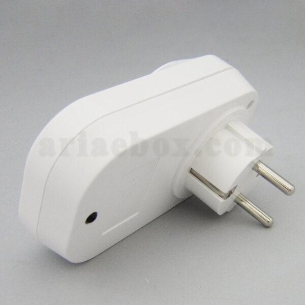 نمای جانبی سوکت تایمر وای فای خانه هوشمند Smart Plug 2