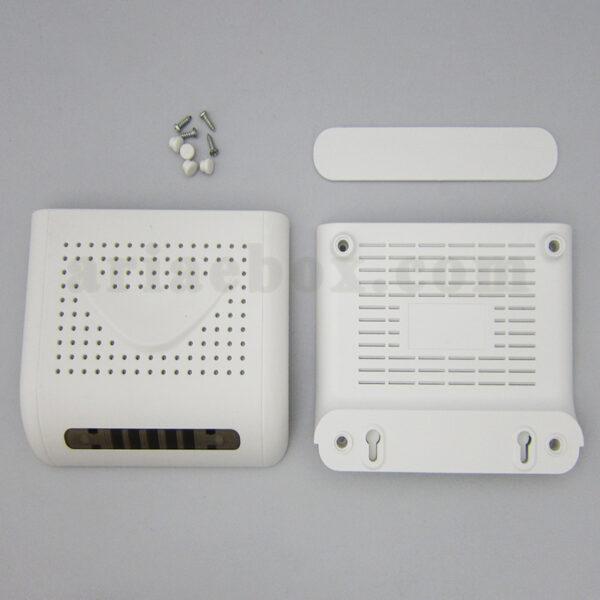 تصویر نمای پشت باکس شبکه ABN104-A1