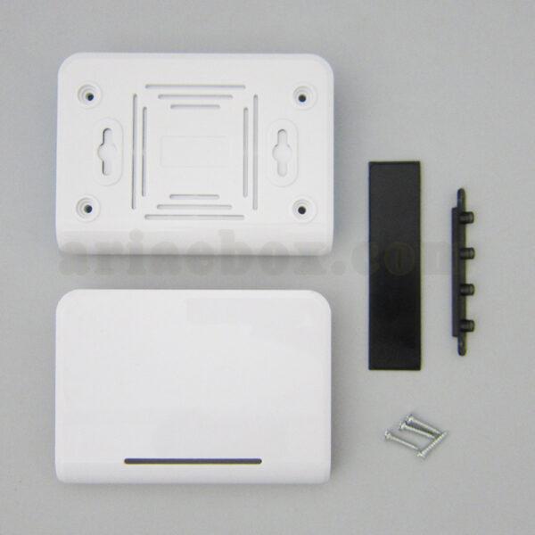 تصویر نمای پشت باکس شبکه ABN103-A1