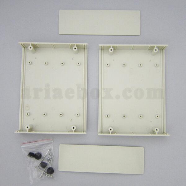 نمای داخلی باکس ابزارآلات الکترونیکی رومیزی 15-4
