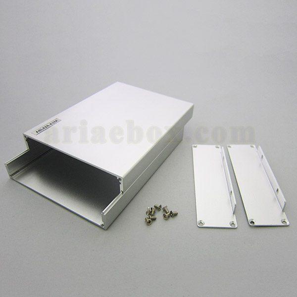 نمای داخلی جعبه دیواری آلومینیومی مخابراتی-الکترونیکی ABL424-A1M