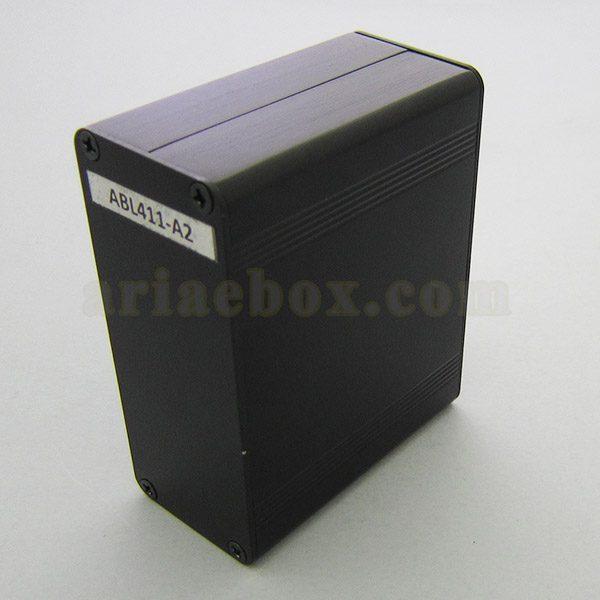 نمای جانبی جعبه آلومینیومی برد الکترونیکی ABL411-A2