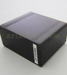 نمای سه بعدی جعبه آلومینیومی برد الکترونیکی ABL411-A2