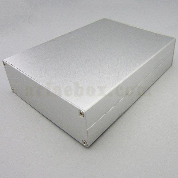 نمای سه بعدی جعبه رومیزی آلومینیومی مخابراتی-الکترونیکی ABL424-A1