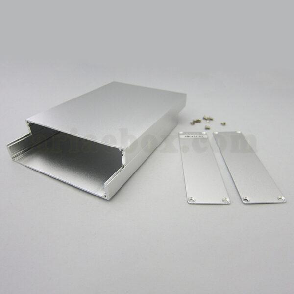 نمای باز جعبه رومیزی آلومینیومی مخابراتی-الکترونیکی ABL424-A1