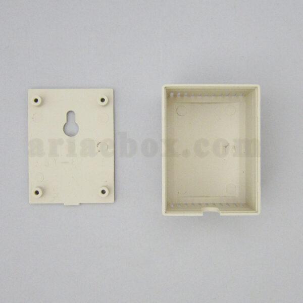 نمای داخلی جعبه دیواری شاسی شیاردار کوچک ABM105-A1