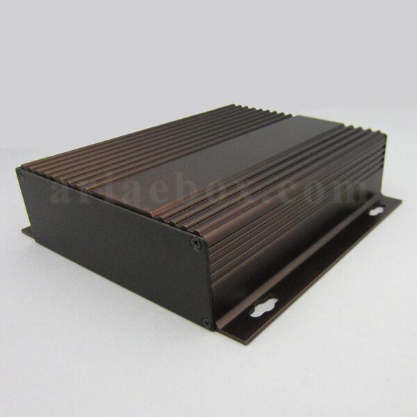 نمای سه بعدی جعبه آلومینیومی منبع تغذیه موبایل abl435-a2m